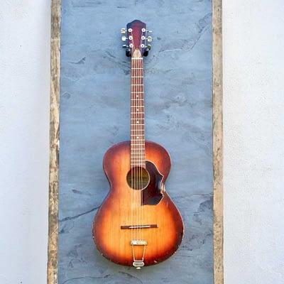 Guisplay Guitar Display Slate 13(watermarked)